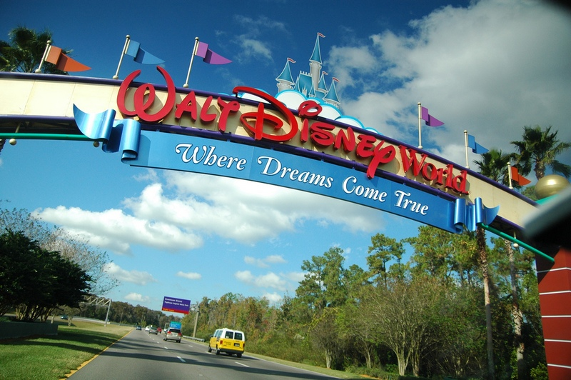 """my dream place i want to visit disneyland If there's an essay competition on """"my dream place to visit"""" disneyland in paris about disneyland paris."""
